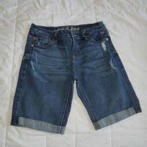 Girls size 12R Justice bermuda jean shorts